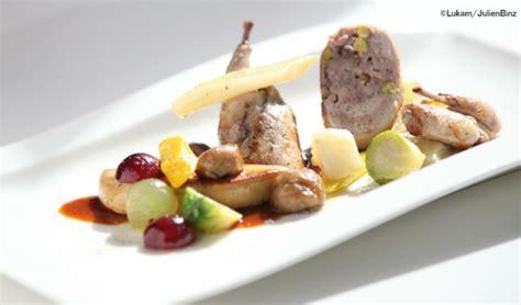 cuisiner foie gras frais cailles farcies escalope de foie gras poêlé légumes d 39 automne
