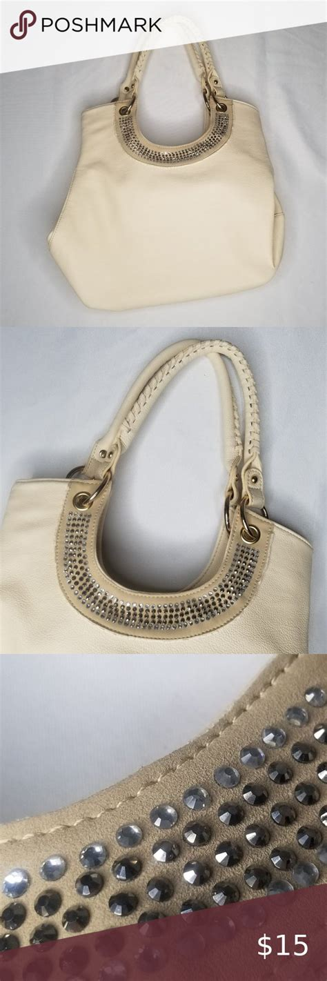 VIETA tan handbag in 2020   Tan handbags, Fashion bags ...