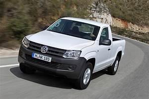 Pick Up Volkswagen Amarok : volkswagen seriously considering amarok pickup for canada ~ Melissatoandfro.com Idées de Décoration