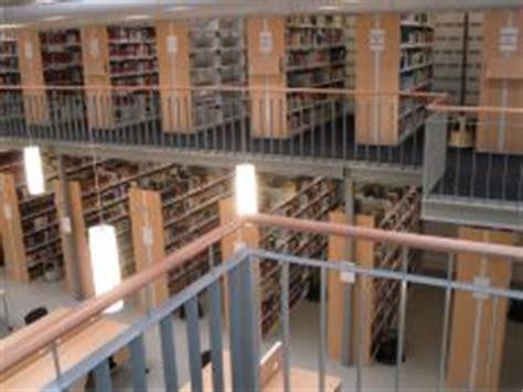 Germanistik  Bibliothek Im Vomsteinhaus Bestände
