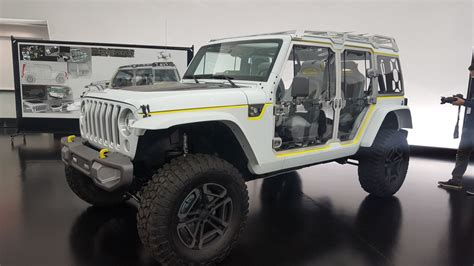 safari jeep the jeep safari concept may give up secrets of the new