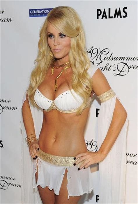 Halloween Heidi Klum 2010 by Older Women You Would Smash Thread Page 3 Bodybuilding