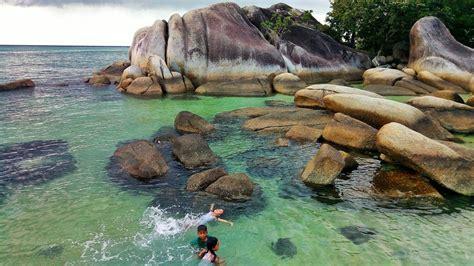 wisata  indah  pulau belitung negerinya laskar