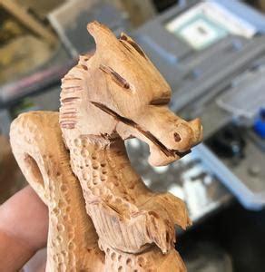 carve  wood dragon   dremel grinder