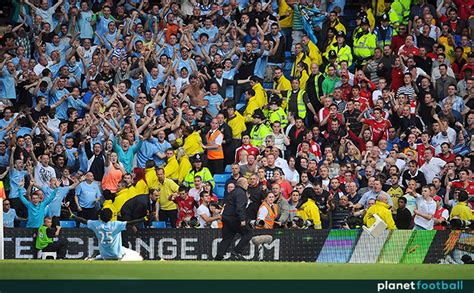 emmanuel adebayor celebration manchester city  arsenal