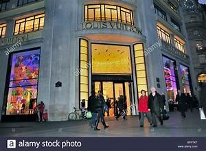 Louis Vuitton Shop Berlin : louis vuitton shop front stockfotos louis vuitton shop front bilder alamy ~ Bigdaddyawards.com Haus und Dekorationen