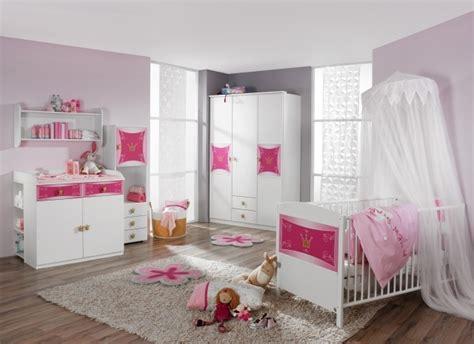 tenture chambre b chambre bébé fille en gris et 27 belles idées à