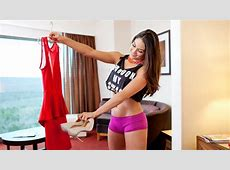 Nikki Bella Showing His New Dress And Sandal WWE