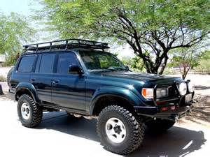 Toyota Land Cruiser Off-Road