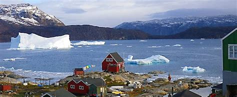 4 or 5 day trips to Ilulissat + flight to South Greenland