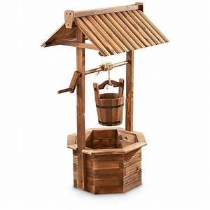 CASTLECREEK Wood Wishing Well Planter - 657801, Yard