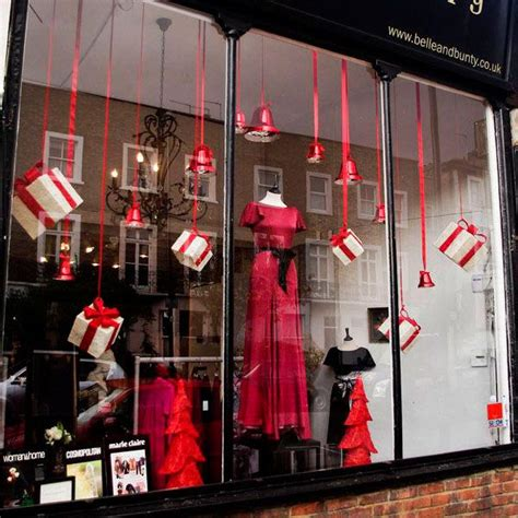 100 christmas window display ideas part 2 mannequin mall