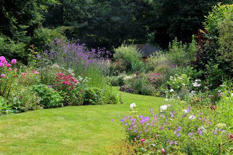 Au Jardin by D 233 Broussaillage Les 233 Au Jardin Equip