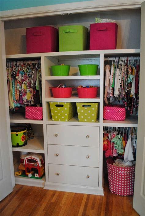 Shared Closet Organization Ideas by Toddler Baby Closet Organization I Need To Do This