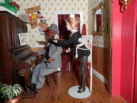 brothel dolls nanas dollhouses  miniatures