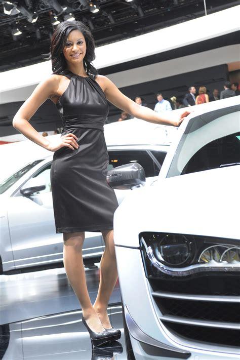 dziewczyny detroit auto show auto blogpl