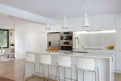 armoire de cuisine thermoplastique ou polyester armoires de cuisine moderne monochrome en merisier simard