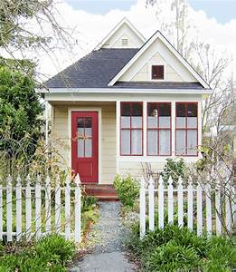 Pretty Inspiration Little Houses 1000 Images About Tiny On ...