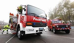 Feuerwehr Jobs Im Ausland : feuerwehr blitzt um wischberg vermischtes panorama ~ Kayakingforconservation.com Haus und Dekorationen