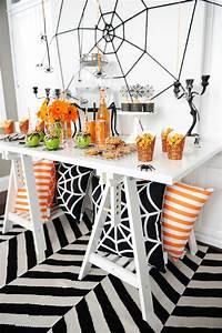 15 Elegant and Fun Halloween Decor Ideas The Happy Housie