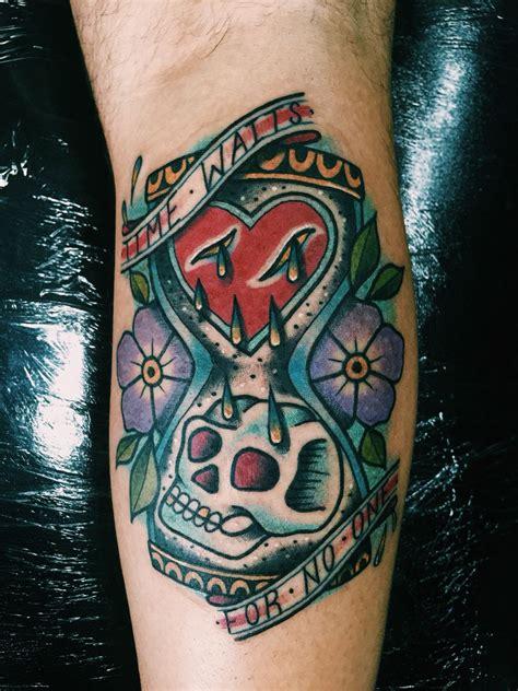 tattoo funky tattoos tattoos hourglass tattoo mandala flower