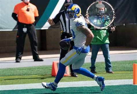 Rams News: Tyler Higbee Discusses Career Day Against ...