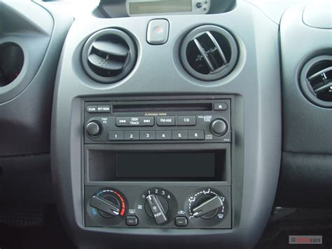 download car manuals 2004 mitsubishi eclipse instrument cluster 2004 mitsubishi eclipse pictures photos gallery the car connection
