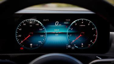 mercedes benz cla coupe  review pictures evo