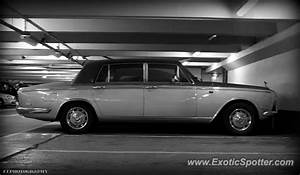 Rolls Royce France : rolls royce silver shadow spotted in paris france on 07 11 2013 ~ Gottalentnigeria.com Avis de Voitures