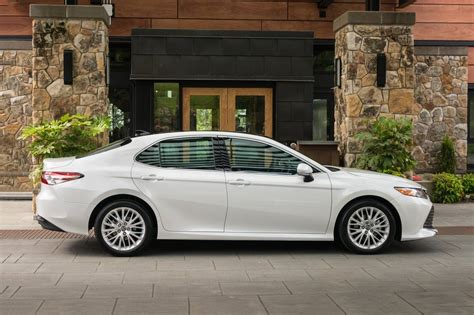 2019 Toyota Camry Redesign, Rumors, Release Date, Hybrid