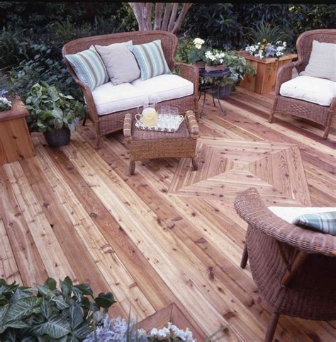 cedar deck protected  water damage  thompsons