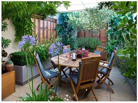Small Garden Furniture by Roof Terrace Furniture Small Garden Terrace Idea