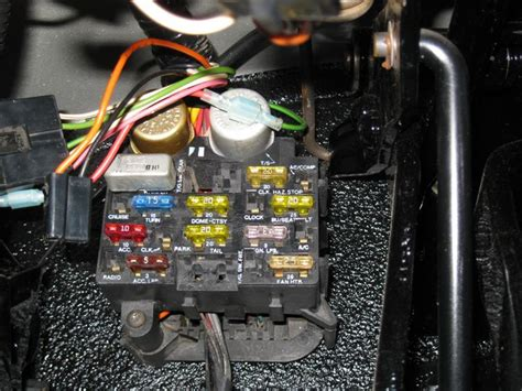 1983 Jeep Fuse Box by Headlight And Horn Fuse Location Cj 8