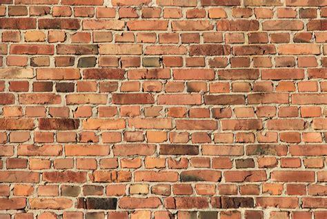 File:Brick wall Pikisaari Oulu 20150208.JPG - Wikimedia