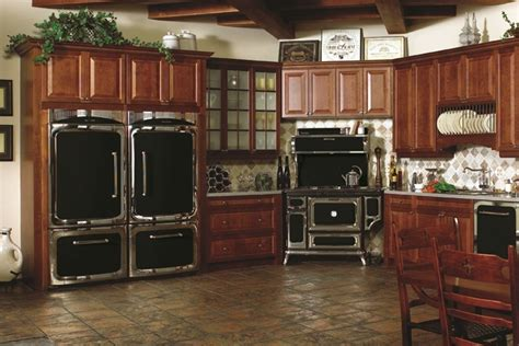 Heartland Classic Collection In Black From Aga Marvel (www