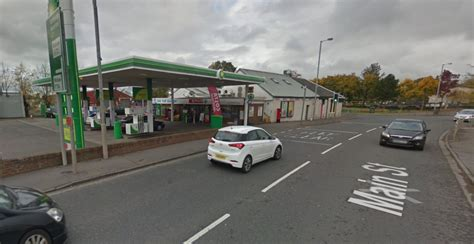 The Garage Wishaw by Wishaw Petrol Shop Staff Slashed And Held At Knife