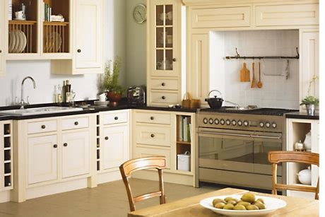 b q country style kitchen cooke lewis carisbrooke ivory framed diy at b q 4218