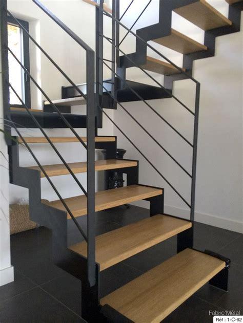 les 25 meilleures id 233 es de la cat 233 gorie escalier tournant sur garde corps en bois