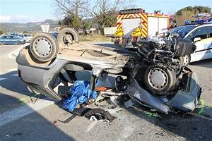 Accident De Voitures : vaucluse accident voiture contre moto entre gigondas et vacqueyras ~ Medecine-chirurgie-esthetiques.com Avis de Voitures