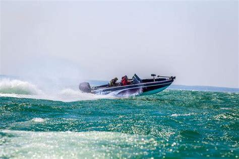 Nitro Boat Cleats by Research 2014 Nitro Boats Nitro Zv 21 On Iboats