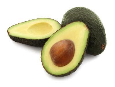 7 iemesli, lai sāktu ēst avokado