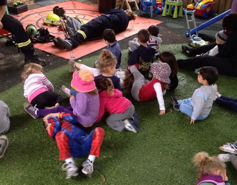 safety education at kiddies on child care 189 | Learning about fire safety from Drummoyne Fire Brigade