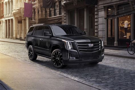 2019 Cadillac Escalade Gets Blacked-out Sport