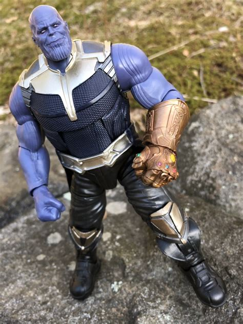 Review Marvel Legends Infinity War Thanos Buildafigure