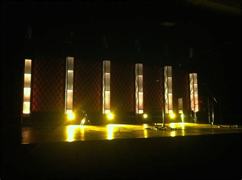 towers  diagonals church stage design ideas
