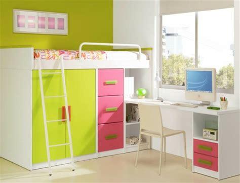 lit mezzanine armoire bureau le lit mezzanine avec bureau est l 39 ameublement créatif