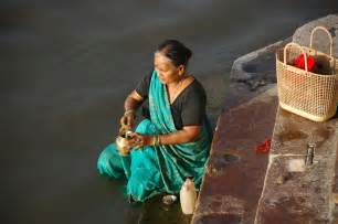 keepsake for ashes scattering cremated ashes the waters of the ganges