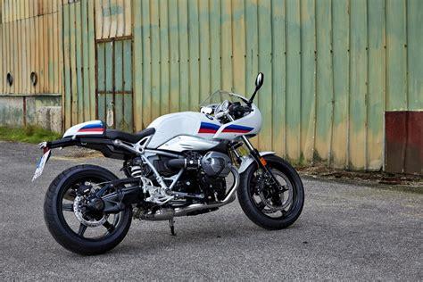 Gambar Motor Bmw R Nine T Racer by Foto Bmw Bmw R Nine T Racer Vs Ducati Sport S 1000 200