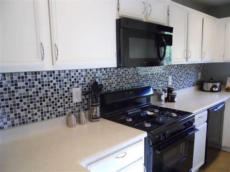 kitchen with glass backsplash fresh glass tile backsplash ideas for small kitchen 2263