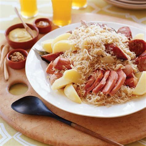 cuisiner choucroute cuite les 25 meilleures idées concernant choucroute alsacienne au porc sur recette